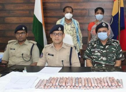 SP Sunil Dutt, ACP Vineeth addressing a press conference in Kothagudem on Tuesday after arresting the Maoists.